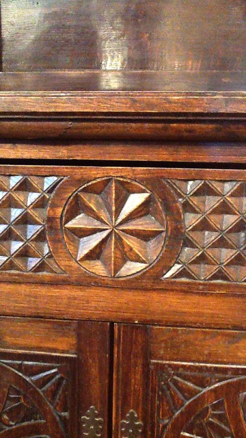 sideboard-IMG_0183