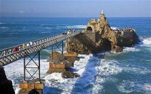 biarritz-pier_1809855c